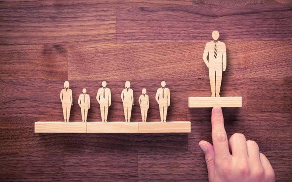 como_se_destacar_no_mercado_de_trabalho